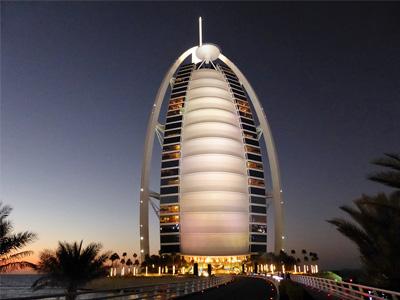cabec-01-5-tours-packs-ofertas-vamos-a-dubai-emiratos-arabes-guia-turistico-cuerpo-01
