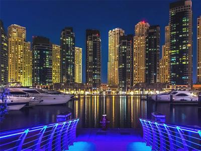 cabec-02-5-combo-2-dias-ofertas-vamos-a-dubai-emiratos-arabes-guia-turistico-cuerpo-03