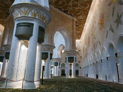 cabec-excursiones-04-recorrido-abu-dhabi-vamos-a-dubai-emiratos-arabes-guia-turistico-cuerpo-01