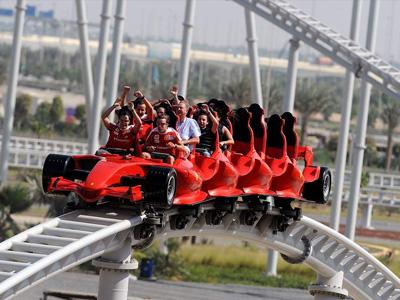 cabec-excursiones-09-ferrari-world-vamos-a-dubai-emiratos-arabes-guia-turistico-cuerpo-02